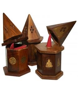 Mini caja pirámide de humo para conos.