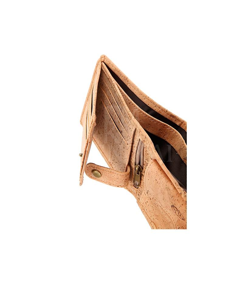 0771e9cdc Billetera de corcho ecológico, diseñada con monedero.